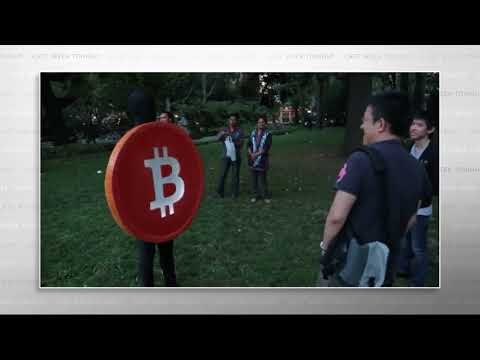 """HBO's """"Last Week Tonight"""" - John Oliver Lets Dude in Bitcoin Suit Explain Bitcoin"""